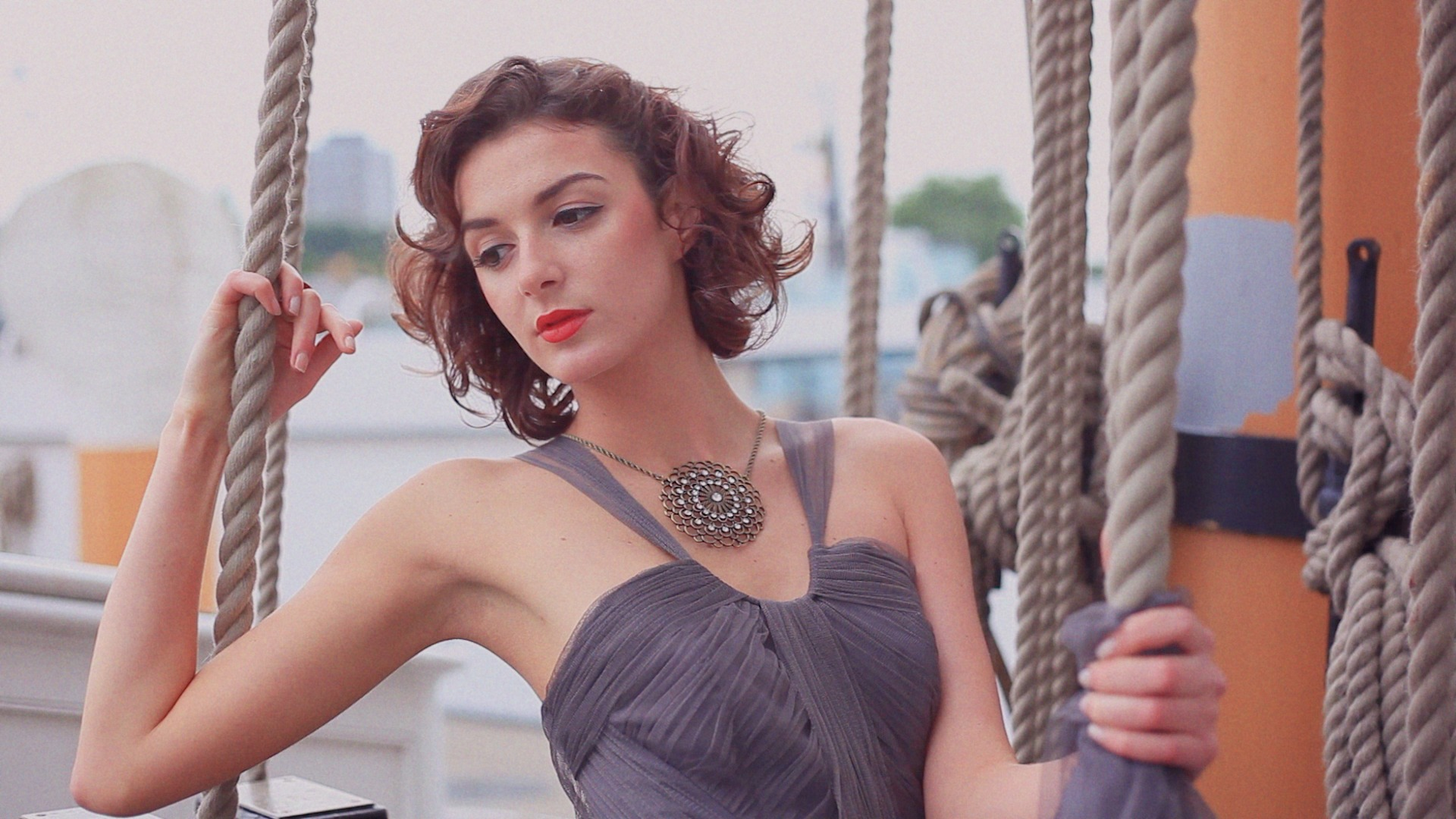 L'Oréal Paris LUMIERE Cannes '14 inspired fashion film